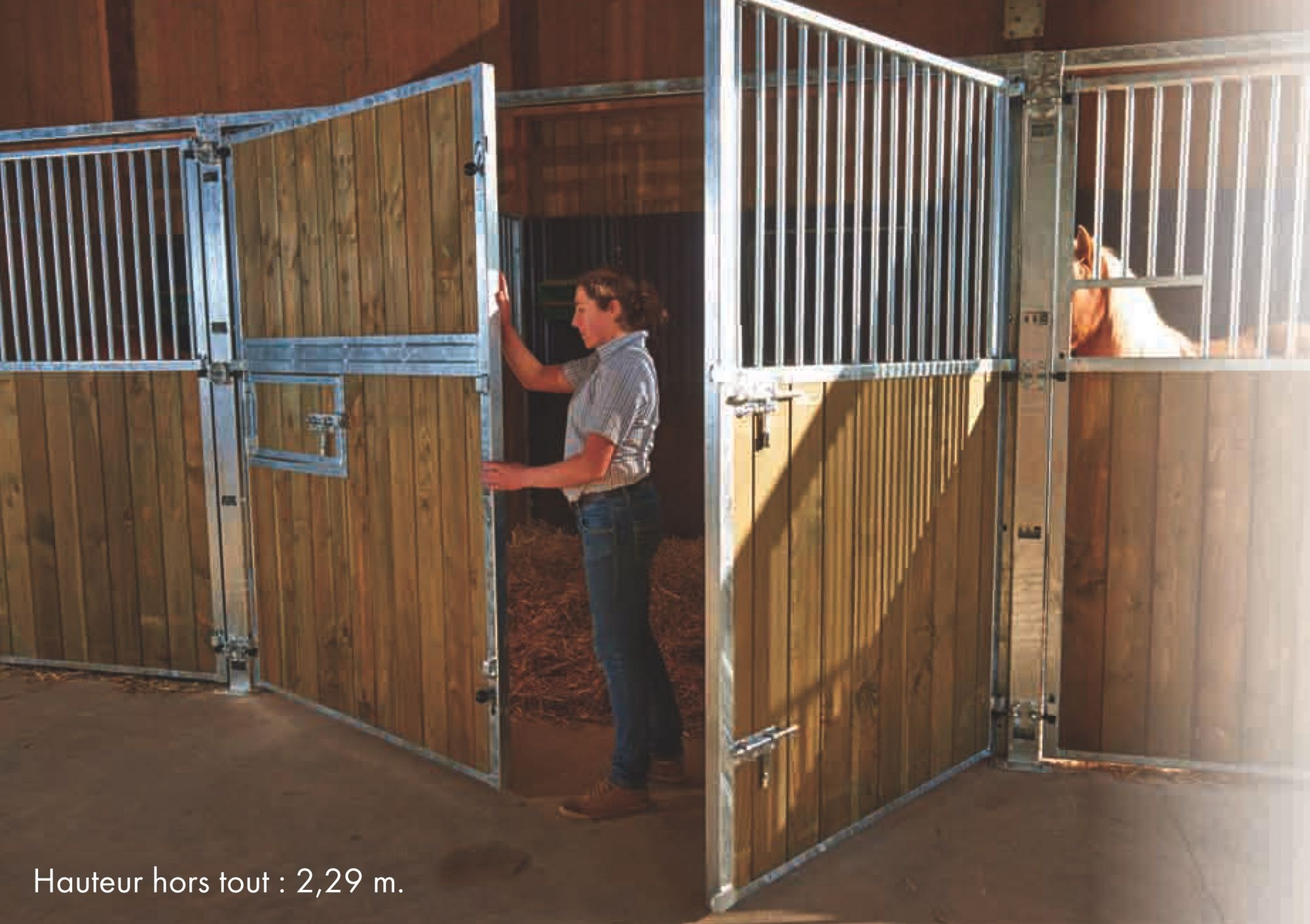 Fa ade de boxe ouvrante plein bois douglas - Porte de box pour chevaux a vendre ...